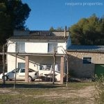 FLIX. FINCA WITH STABLES AND PADDOCK - 95 000€  Ref: 107A/17