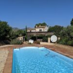 RASQUERA. SPACIOUS COUNTRY HOME WITH LARGE POOL - 460 000€      Ref: 067B/21